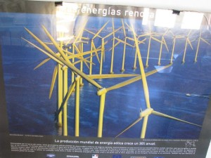 CEIMER Mural con molinos para energía eléctrica